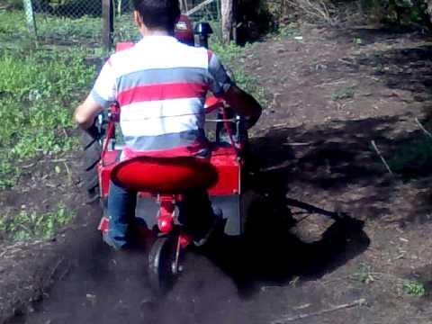 Micro Trator kawashima em Operação - www.Dinamac.com.br