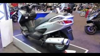 7. 2014 Suzuki Burgman 200 Walkaround