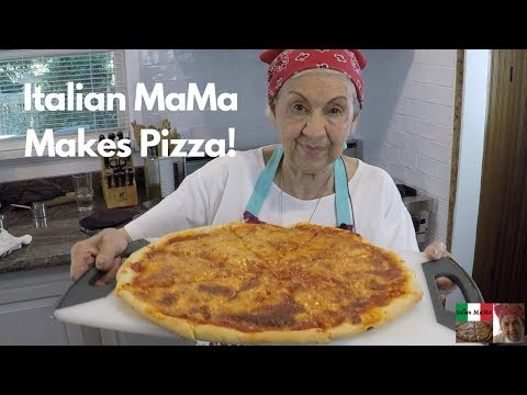 Italian MaMa Makes Pizza!