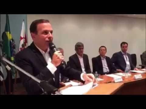 Prefeito João Doria e o Programa de Combate à Pichação.