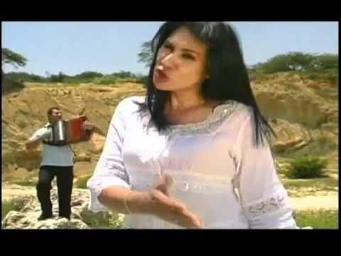 No Te Rindas - Nancy Ramírez (Video)