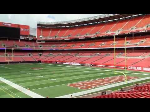 Top 10 biggest NFL stadiums