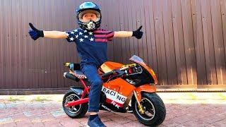 Download Video BABY Biker Unboxing Test Drive Sportbike Лев Купил Байк Детский мотоцикл распаковка MP3 3GP MP4
