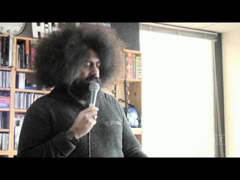 Reggie Watts is a talented man