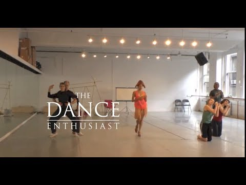 New York Dance Up Close: A Minute of Contrasting Hemispheres with Patricia Hoffbauer