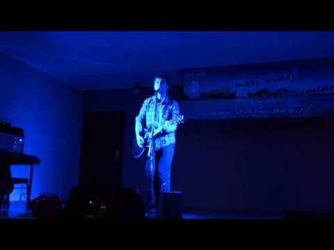 Artem Furman zaśpiewał dla dziemiańskich kobiet (1/4)
