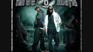 Three 6 Mafia - Dirty Bitch (feat. Project Pat) - Last 2 Walk