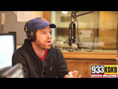 Steve Rannazzisi on Stupid Questions