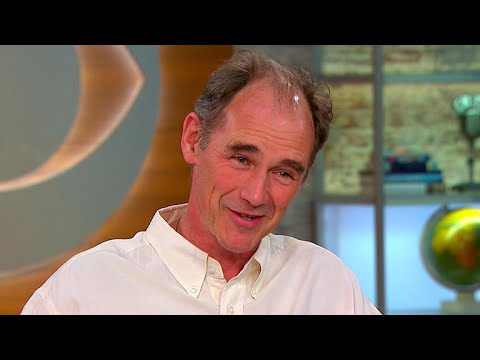 """Mark Rylance on the history behind WWII drama """"Dunkirk"""""""