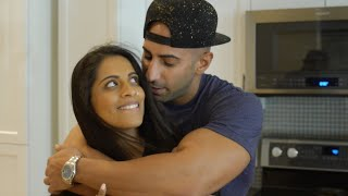 DATING A YOUTUBER BE LIKE..... (ft. iiSUPERWOMANii)
