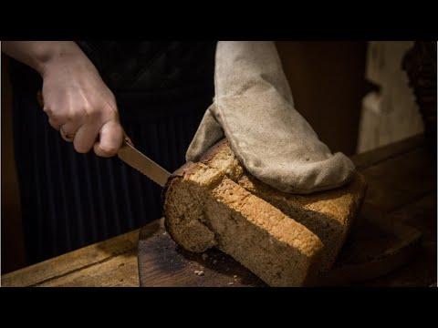 Video - Κόβετε λάθος το ψωμί όλη σας τη ζωή αλλά ποτέ δεν είναι αργά για να αλλάξετε συνήθειες
