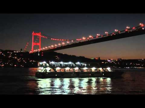 Bruggen Bosphorus Istanbul