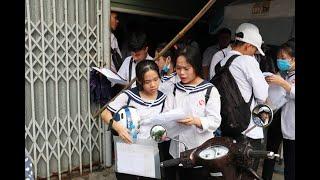 Thí sinh hoàn thành ngày thi đầu tiên kỳ thi THPT Quốc gia 2019