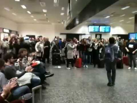 Flash Mob Gospel a Malpensa