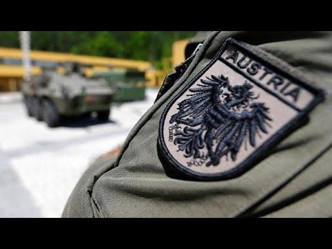 Η Αυστρία αναδιπλώνεται για τον στρατό στα σύνορα