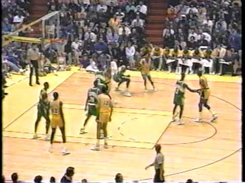 shawn kemp - Great game from 90/91 regular season between young team on the rise (Sonics) and experienced Lakers squad with Magic Johnson. 31-year-old Magic and 22-year-o...