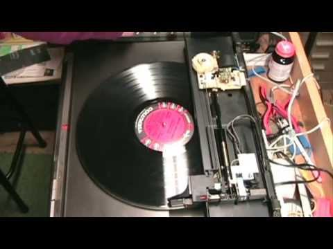 Exploring the Mechanism of the Technics SL-L92 Linear Tracking Turntable