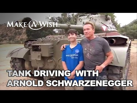 Logan meets Arnold Schwarzenegger - Inside Edition | Make-A-Wish®