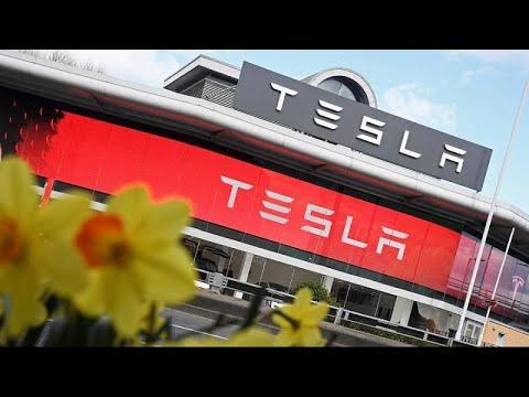 Εκτός Wall Street η Tesla;
