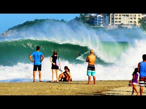 A big-wave playground | Surfing at Puerto Escondido