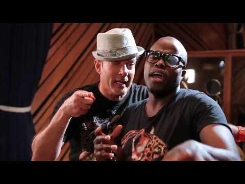 Gerard - Gerard Joling - Mijn Liefde (Officiële videoclip) http://entertainment-nl.nl Facebook I http:// facebook.com/entertainmentnl?ref=hl Twitter I http://twitter....
