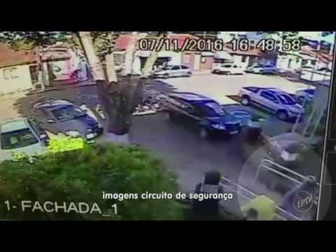 Dupla assalta agência dos Correios e ameaça vítimas em Tuiuti, SP