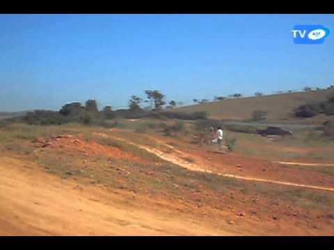 Pura Emoção e Adrenalina em Treino de Moto Cross em Perdigão