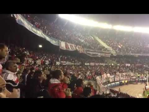"""Video - River Plate """"Tiraste gas, abandonaste, lo suspendiste porque no tenes aguante"""" - Los Borrachos del Tablón - River Plate - Argentina"""