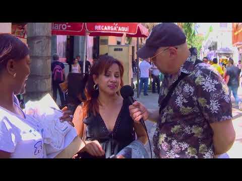 Preguntas estúpidas de Santiago Moure en Medellín - La Tele Letal (видео)