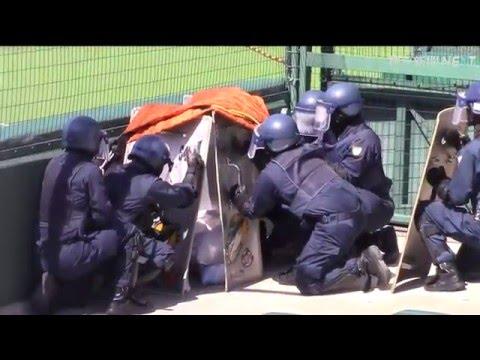 甲子園球場でテロ対策訓練