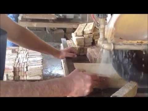 חיפוי קיר מטבח - אבן אלבר
