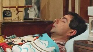 MrBean - Mr Bean - Alarm clock and getting up
