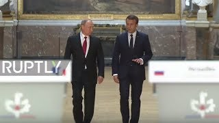 Video France: 'Nothing can be tackled without dialogue with Russia' – Macron receives Putin MP3, 3GP, MP4, WEBM, AVI, FLV Mei 2017