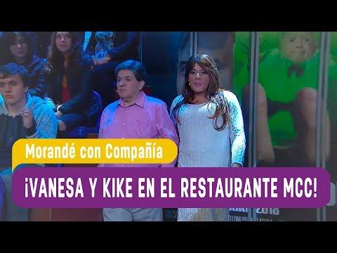 ¡Vanesa y Kike visitaron el restaurante de MCC! - Morandé con Compañía 2017 (видео)