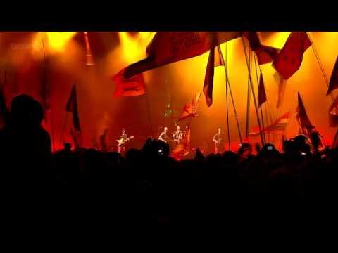Coldplay (HD) - Charlie Brown (Glastonbury 2011)