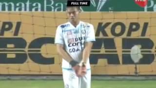 Video Highlights Persib Bandung vs Arema FC [0-0] 15 April 2017 Gojek Traveloka Liga 1 MP3, 3GP, MP4, WEBM, AVI, FLV Juli 2018
