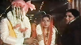 Shashi Kapoor Fights With Tiger Jaanwar Aur Insaan  Scene 9/15
