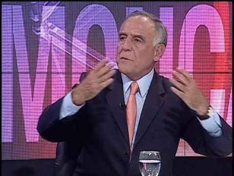 Paco Moncayo pide se suspenda el concurso de frecuencias