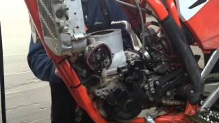 7. How to do a KTM 250/300 Top End Rebuild