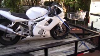 3. 2001 Yamaha R6