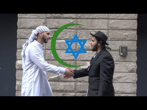 مسلم ويهودي قررا السير سوياً في شوارع نيويورك.. شاهد ردّ فعل المارة؟
