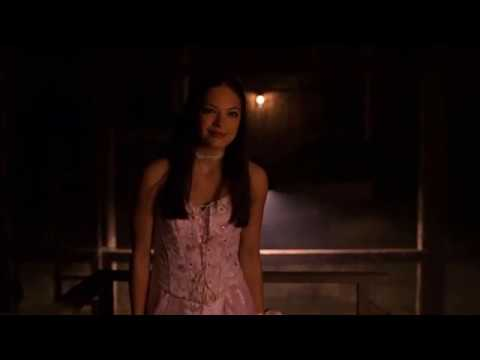 """Smallville - S1 E1 - Ending - Clark and Lana - """"I saved you that dance"""""""