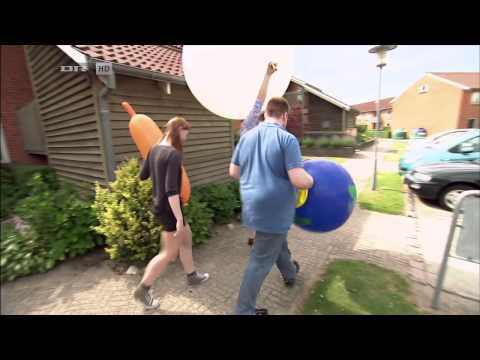 balloon fetish - Copyright 2012 Danmarks Radio Uploaded exclusively with permission from Danmarks Radio. Subtitles by loveloonsdk This is the full part of the danish televisi...