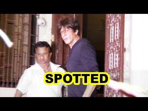 Shah Rukh Khan Spotted At Shankar Mahadevan Dubbing Studio