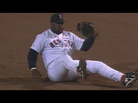 Video: Mo Vaughn makes a diving grab on a line drive