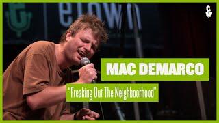 Mac DeMarco - Freaking Out The Neighborhood (eTown webisode #1094)