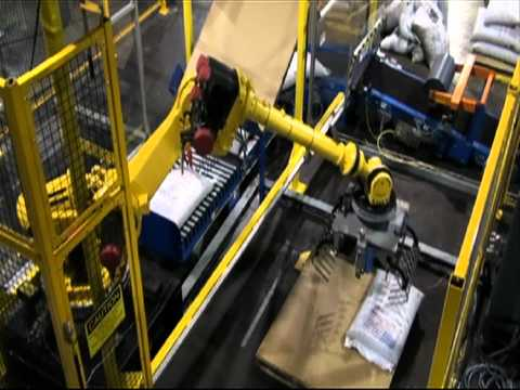 Fanuc S-430iL RJ3 With Conveyor and Gripper