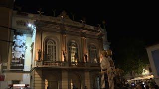 La dépouille de l'artiste surréaliste espagnol Salvador Dali a été exhumée jeudi 20 juillet, 28 ans après sa mort pour déterminer...