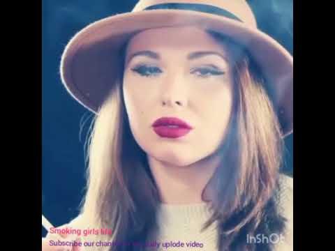 Smoking sexy girl_A héten feltöltött legjobb csajos videók