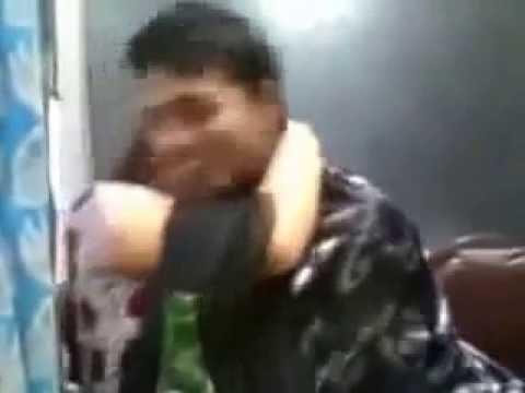 Desi college girl with her boyfriend in cyber cafe PAKISTANI MUJRA DANCE Mujra Videos 2016